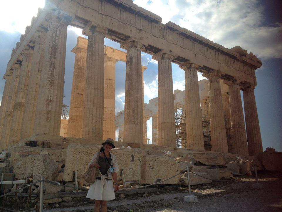 デルフィ遺跡やオリンピア遺跡巡り!最も美しい世界遺産ケルキア島へ