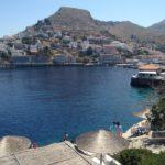 エーゲ海サントリーニ島へクルーズや飛行機移動!洞窟ホテルにも泊まろう