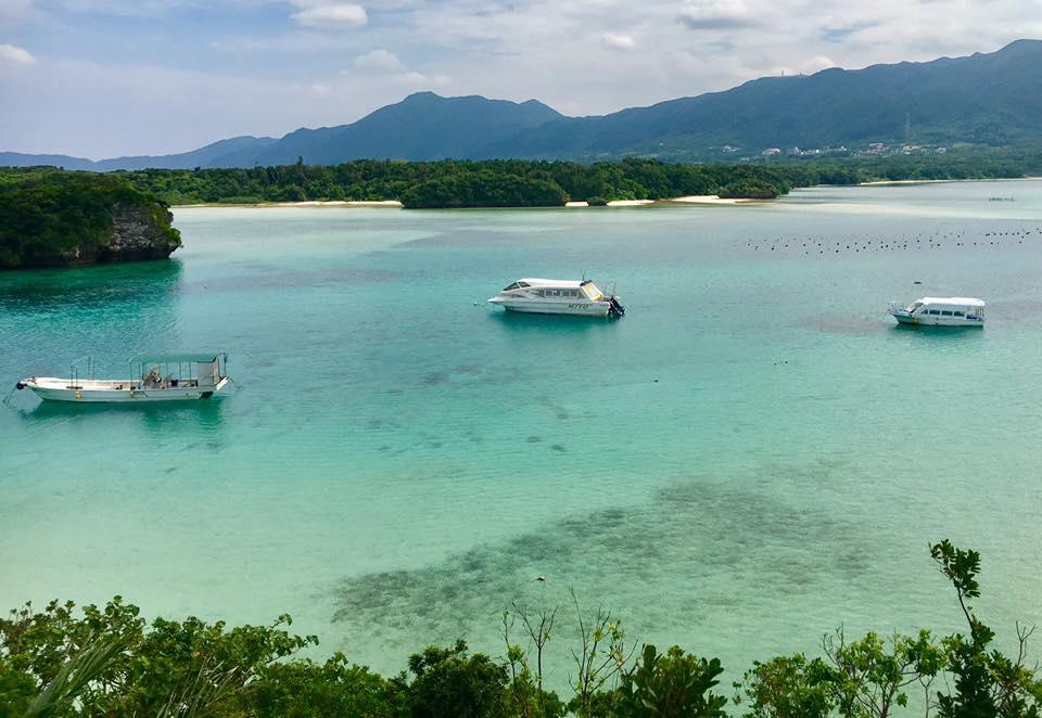 沖縄のサンゴ礁の石垣島で川平湾や玉取崎展望台を訪れる