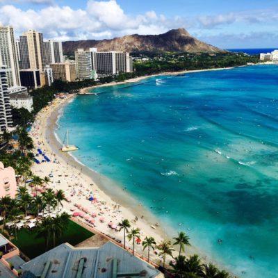 ハワイ州オアフ島ホノルルのハナウマ湾やカピオラニ公園を巡る