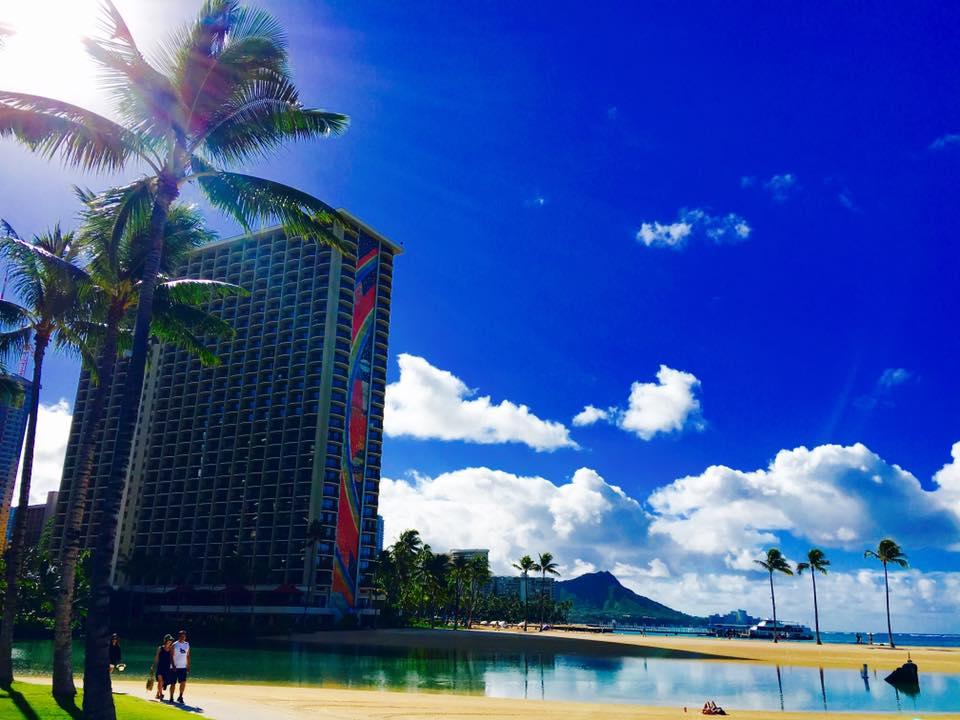 ハワイ州オアフ島のハロナ潮吹き穴やココヘッドを巡る