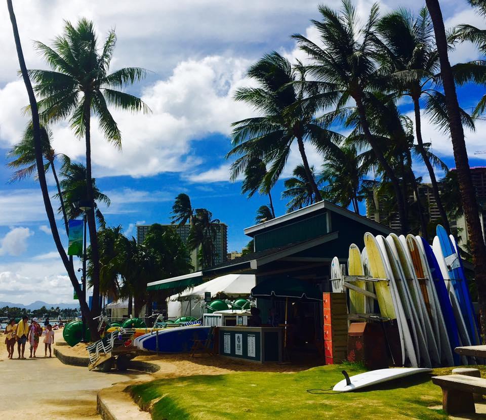 ハワイ州モロカイ島のカラウパパやカウナカカイを巡る