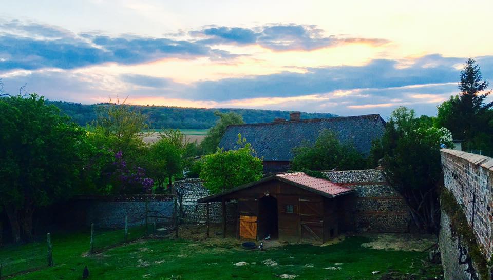 生産量世界第二位北フランスのシャンパーニュやブルゴーニュのワイン