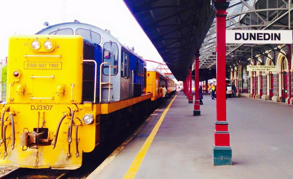 ダニーデンからミドルマーチまでのタイエリ渓谷鉄道の旅