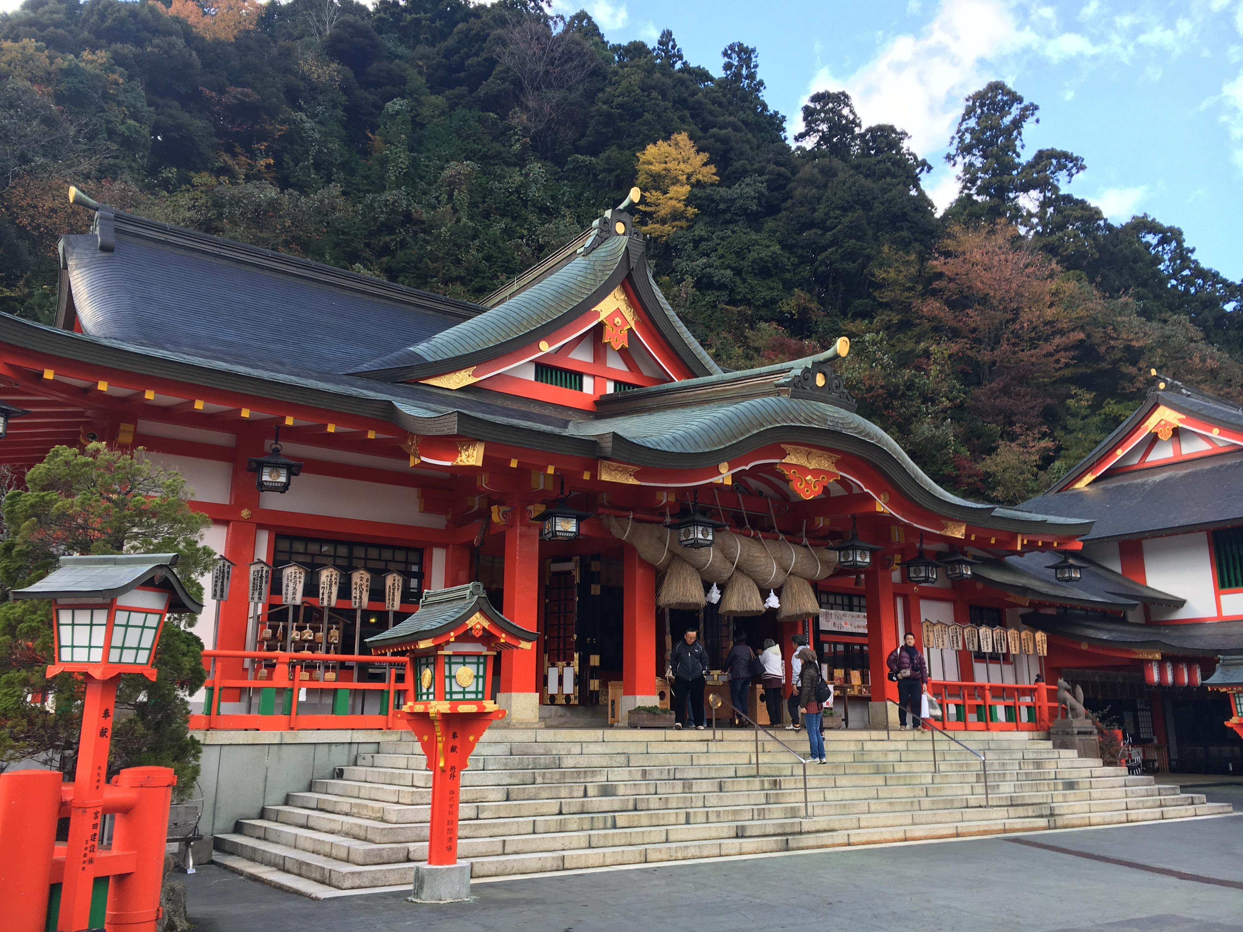 太鼓谷稲成神社や津和野城跡!日本遺産の城下町殿町通りを散策