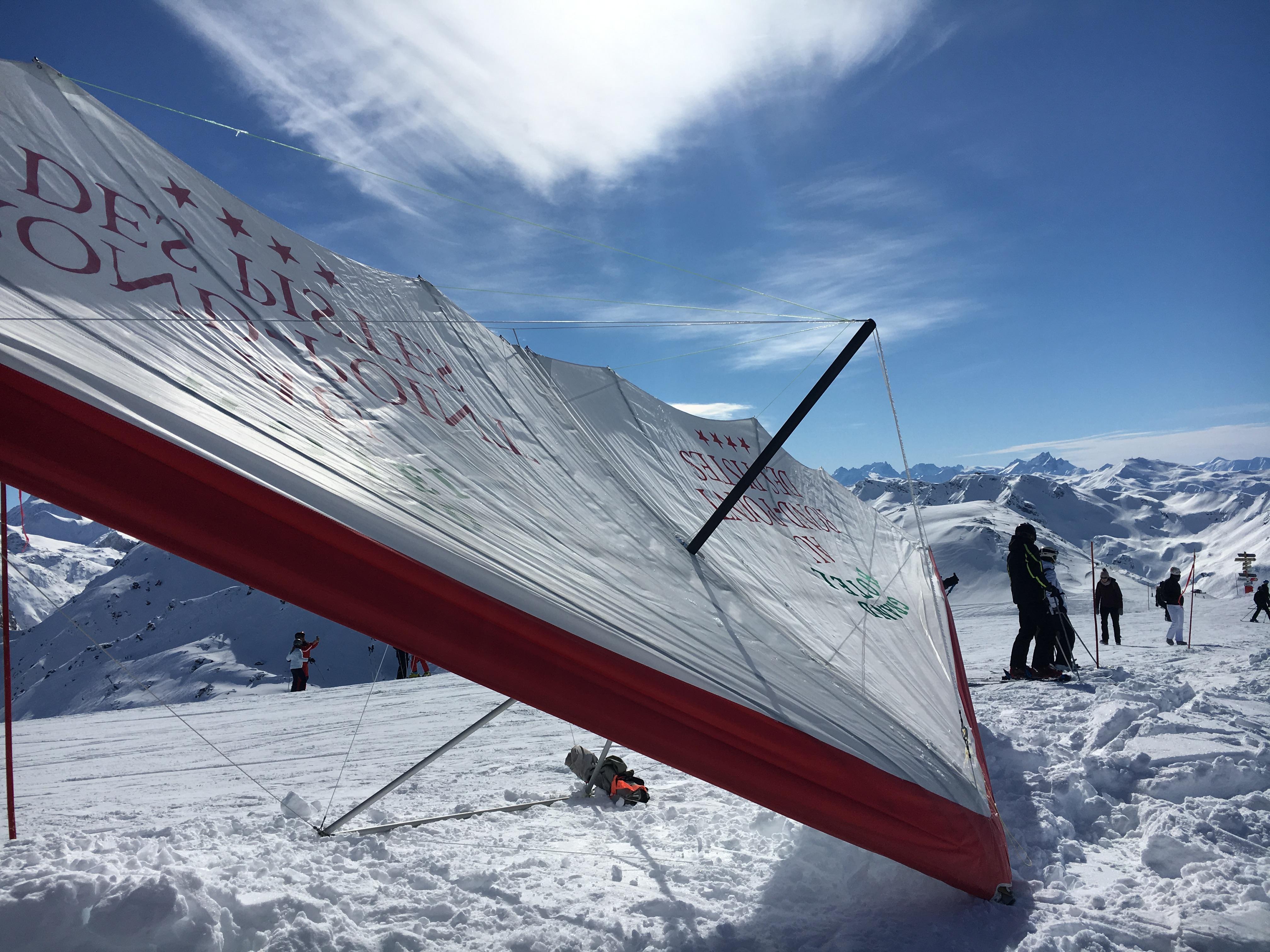 スキーパラグライダーやジップライン!フランス人気スポーツ特集