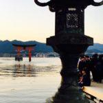 干潮時に大鳥居まで歩ける嚴島神社の撮影スポット!日本三大舞台がおすすめ