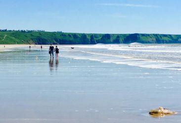 ロッシリビーチでお散歩