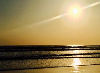 夕刻のビーチ