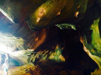 JAMES BOND ISLAND洞窟