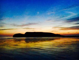 ロッシリビーチの日没