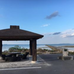 伊古桟橋の海岸