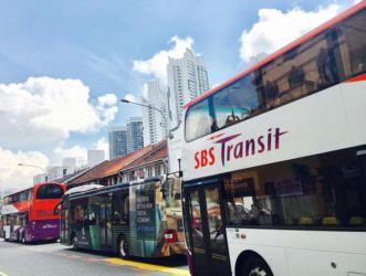 シンガポールの2階建てバス