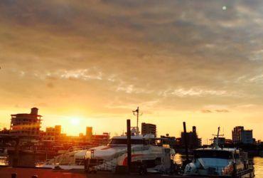 石垣離島ターミナルの朝日
