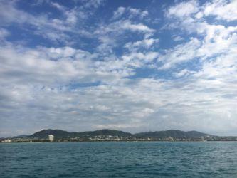 ダイビングボートから見る石垣港