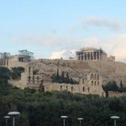 修復中のアクロポリス