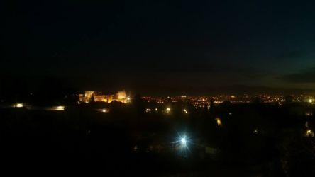 アルハンブラ宮殿の夜景