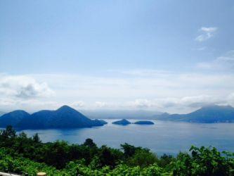 サイロ展望台からの洞爺湖の中島