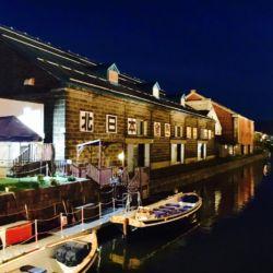ライトアップの小樽運河