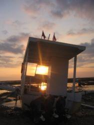 夕陽とボート
