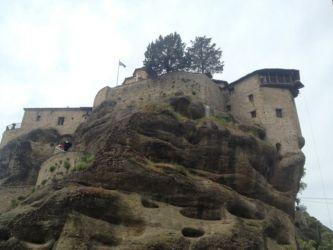 メテオラ修道院への階段